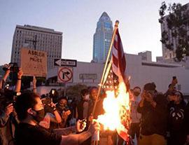 美暴动!特朗普大厦被攻占,英德民众助威
